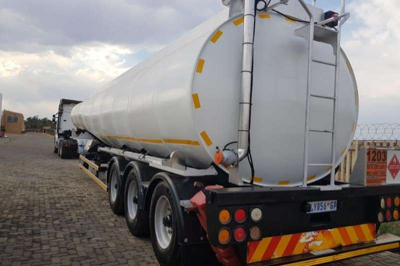 GRW Alluminium tanker GRW TRI AXLE 50 000L Trailers