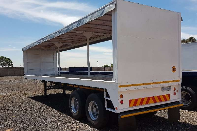 Hendred Curtain side 11m double axle Trailers