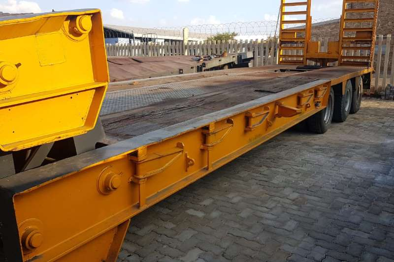 Hendred Stepdeck CLIPNECK Trailers