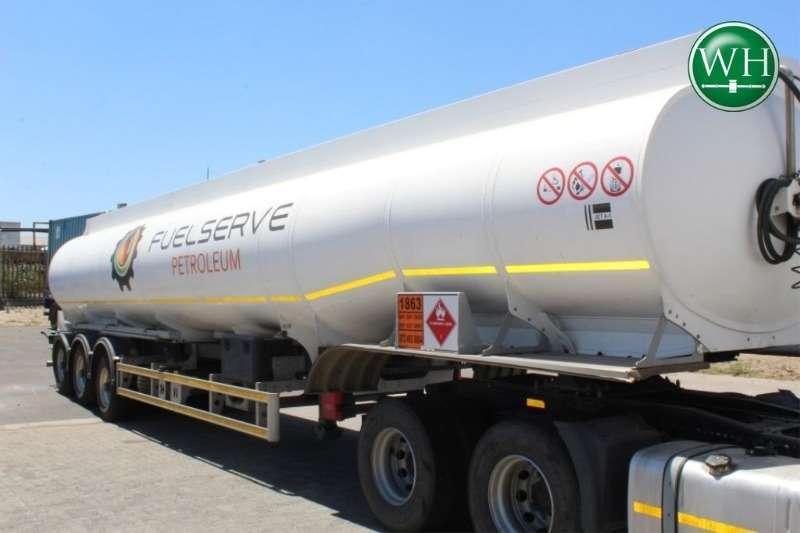 Henred Fruehauf Tri Axle AV Gas Tanker Trailer