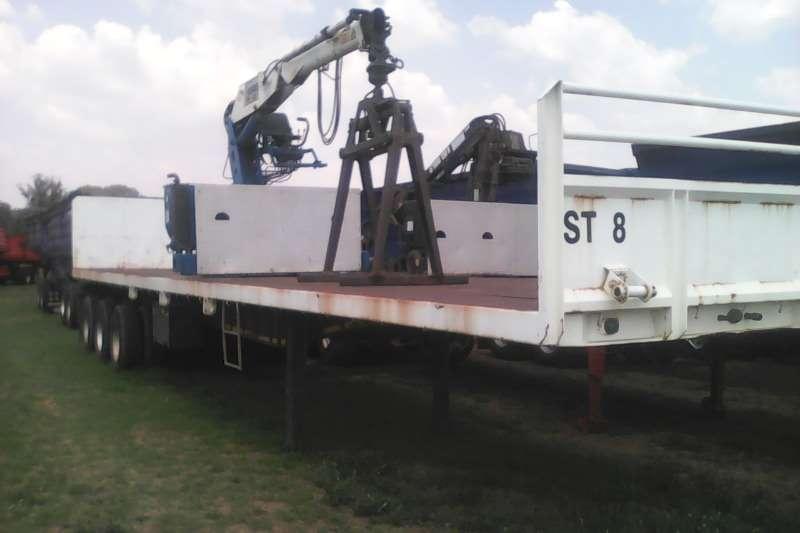 Henred Brick trailer Tridem Brick crane trailer Trailers