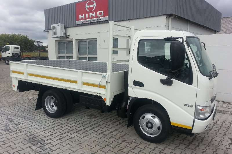 Hino New stock   phone for pricing on dropside