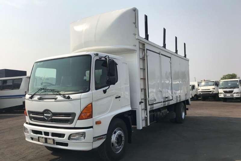 Hino Closed body HINO 500 1626 BOX BODY Truck
