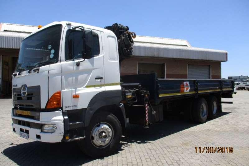 Hino Crane truck HINO 700 28 418 DROPSIDE WITH HIAB 20C CRANE Truck