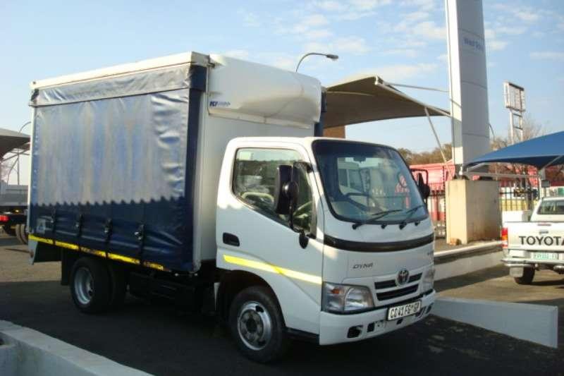 Hino Truck Curtain Side 2012 HINO 300 614 4 TON TAUTLINER 2012