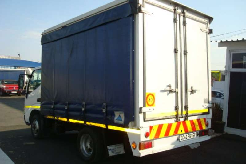 Hino Curtain side 2012 HINO 300 614 4 TON TAUTLINER Truck