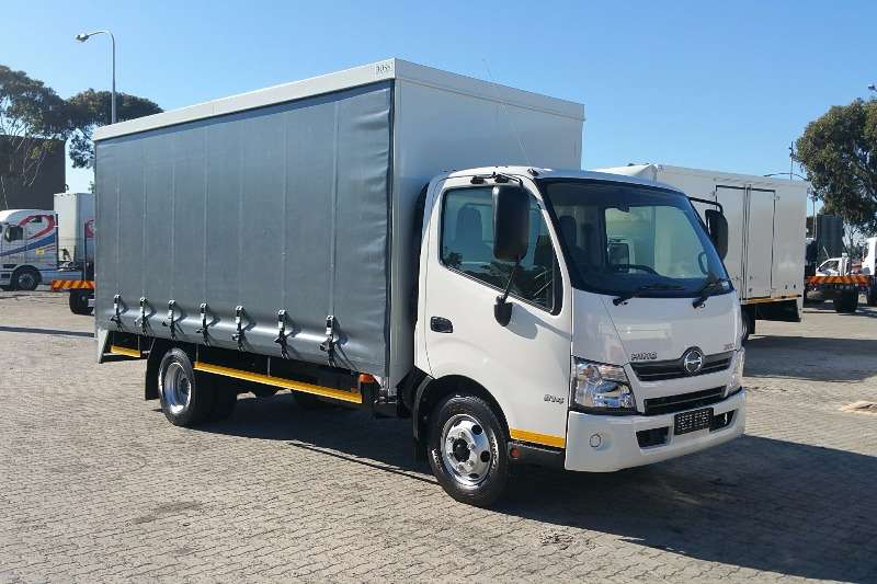 Hino Curtain side Hino 300 814 Curtain Side Truck