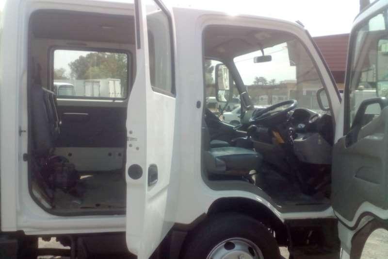 Hino Dropside HINO 300 815 D/CAB CREW CAB DROPSIDE Truck
