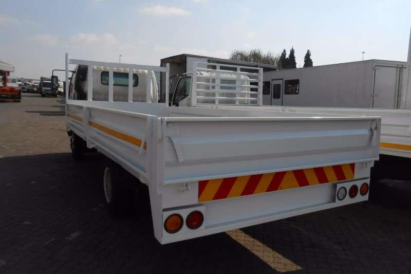 Hino Dropside HINO 300 815 DROPSIDE Truck