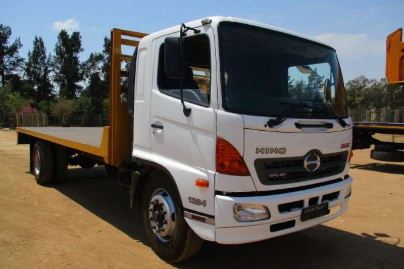 Hino Truck Flat Deck HINO 500 1324 FLAT DECK 2012