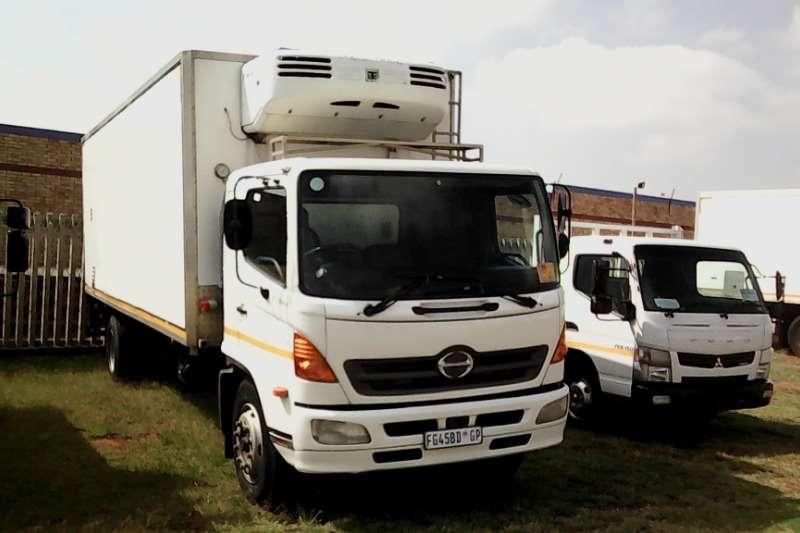 Hino Fridge truck 15 258 with MD 200 Fridge Truck