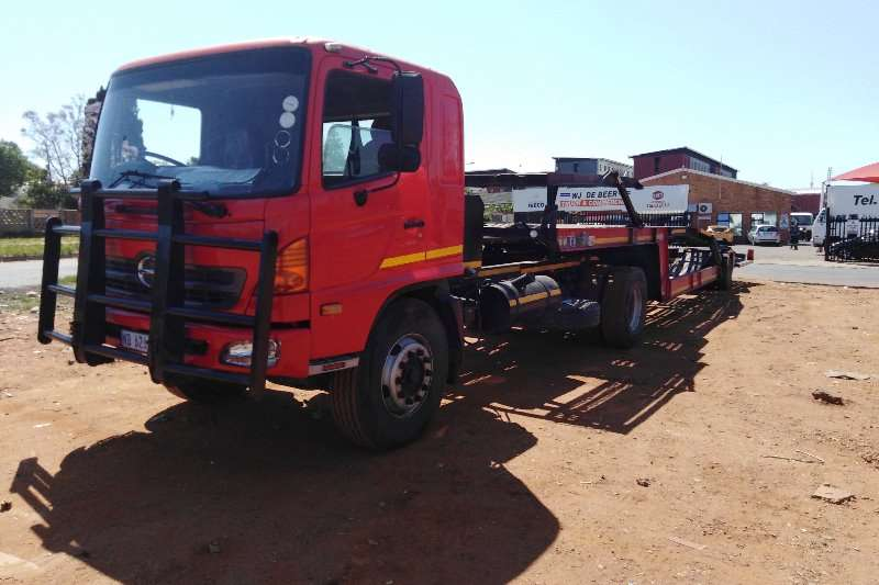 Hino Other HINO15 257 CAR CARRIER Truck
