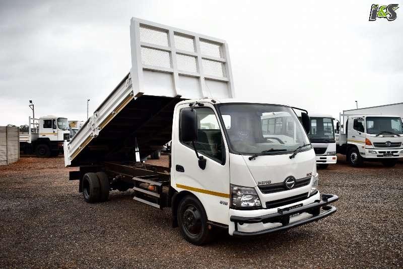 Hino Tipper 300 815 Series Truck