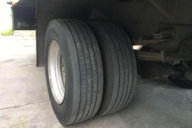 Hino Volume body 300 815 D/CAB Truck
