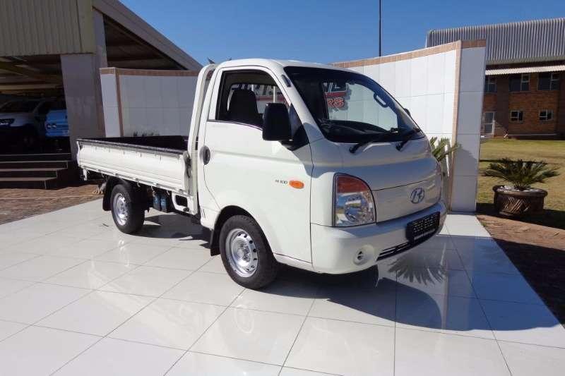 Hyundai LDVs & Panel Vans H100 DROPSIDES 2010