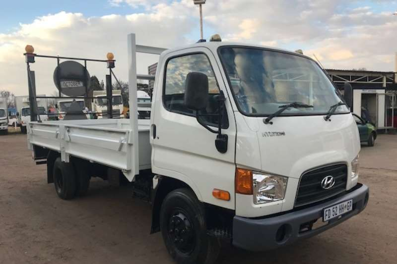 Hyundai Truck Dropside HYUNDAI HD72 DROPSIDES WITH A/C 2016