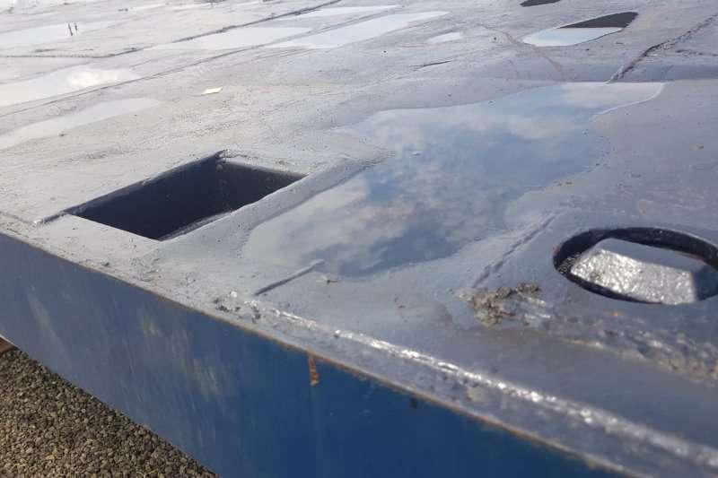 冰冷体平板冰冷体三轴平板拖车