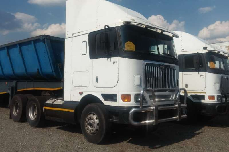 International 9800i 6x4 Truck Tractor - AS IS