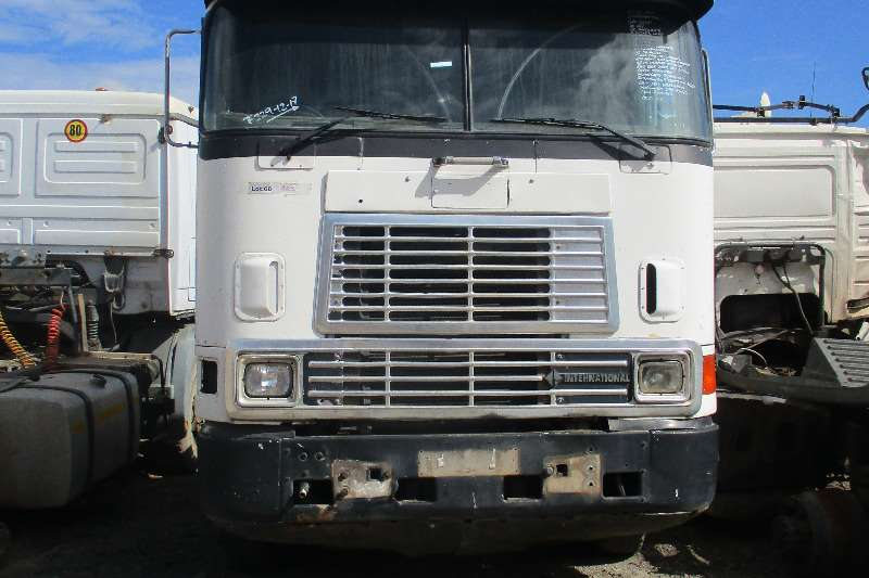 International Chassis cab 9800 Truck