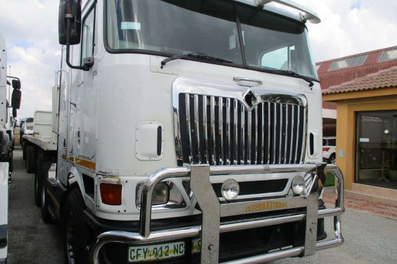 International Eagle 9800i Truck