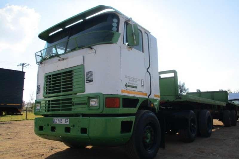 International Truck-Tractor Single Axle INTERNATIONAL 4X2 MECHANICAL HORSE 1997