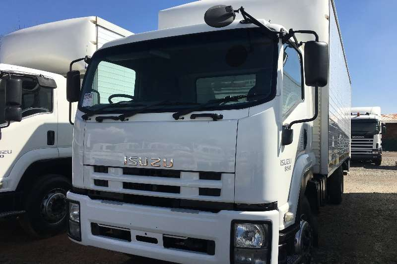 Isuzu 2013 Isuzu FTR850 V/Van with taillift