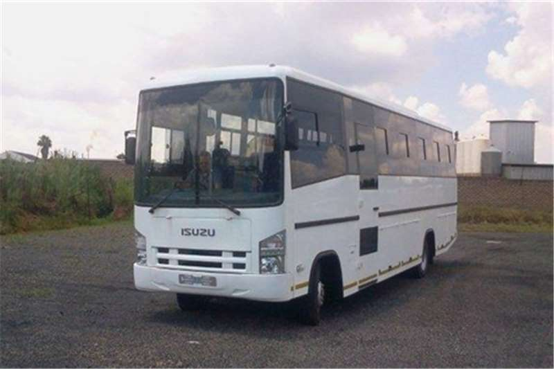 Isuzu 32 seater NEW QR 500 LWB 35 seater Buses