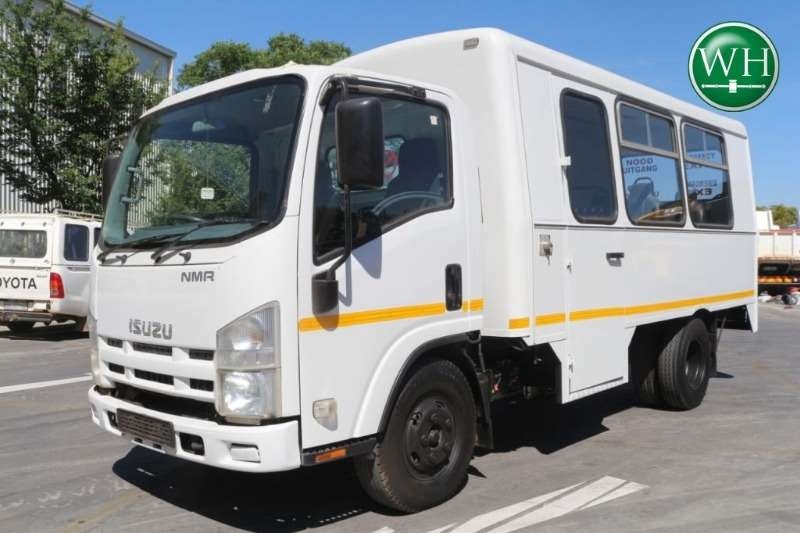 Isuzu NMR250 11 Seater Personel Carrier