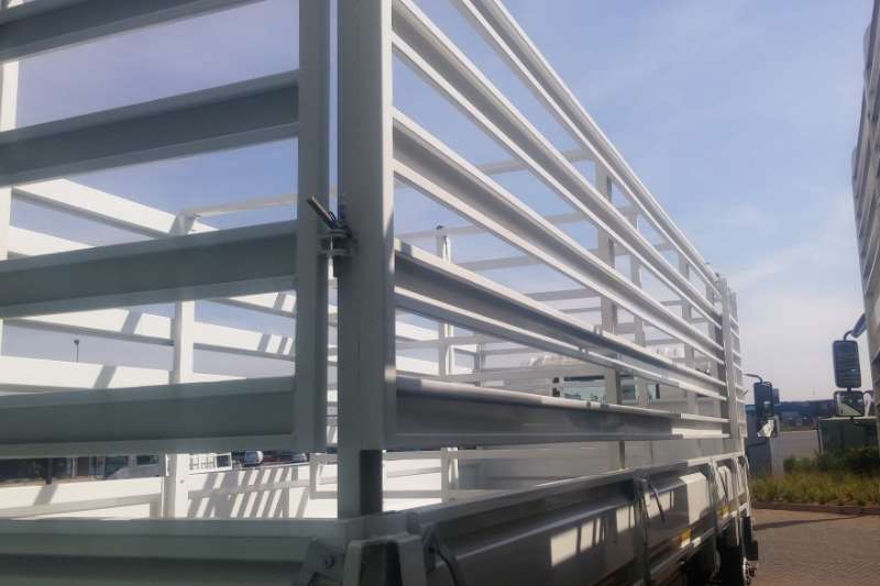 Isuzu Cattle body FTR 850 ManCattle Body Truck