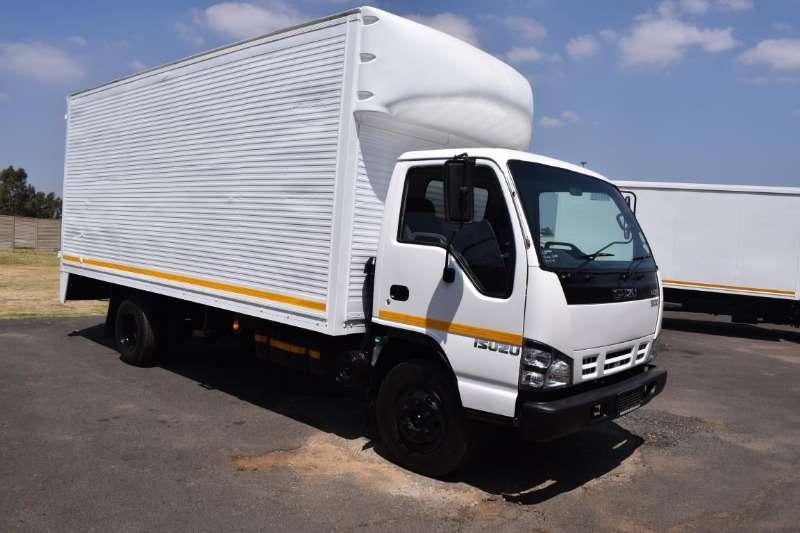 Isuzu Closed body NQR 500 5TON Truck