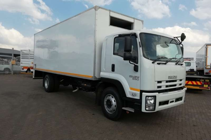 Isuzu Fridge truck FTR 850 Manual (Used Fridge Truck) Truck