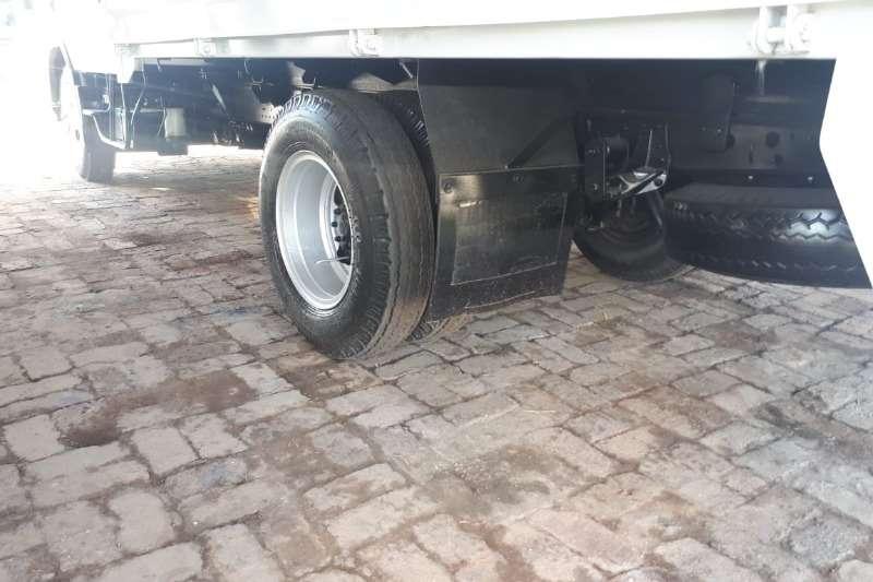 Isuzu ISUZU NMR250 F/C C/C CREW CAB Truck