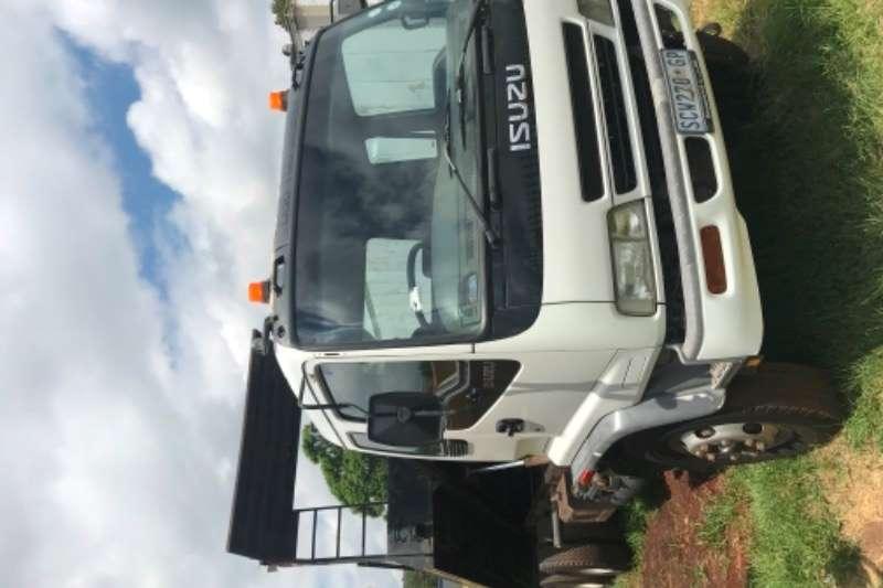 Isuzu Roll back Isuzu 12 ton Rollback Truck