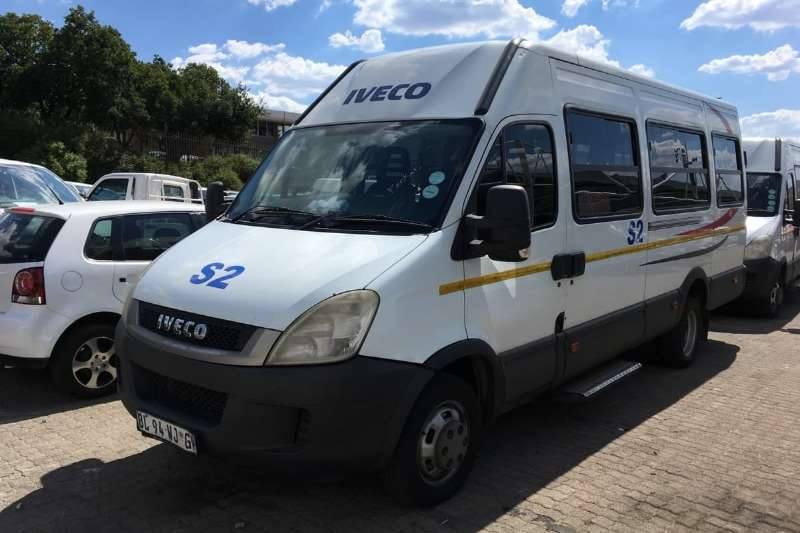 Iveco Buses 22 Seater Daily 50C15 3.0 HPI 2009