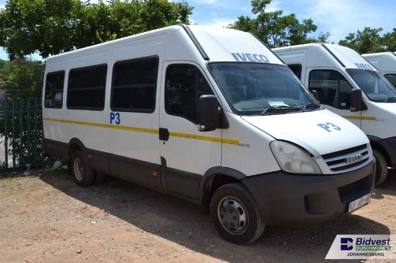 Iveco Buses 22 Seater IVECO Daily 500.15 3.0 HPI 22 Seater - 196 625Km 2009