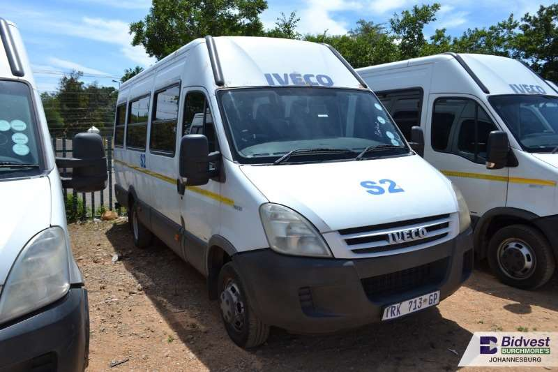 Iveco Buses 22 Seater IVECO Daily 500.15 3.0 HPI 22 Seater 2009