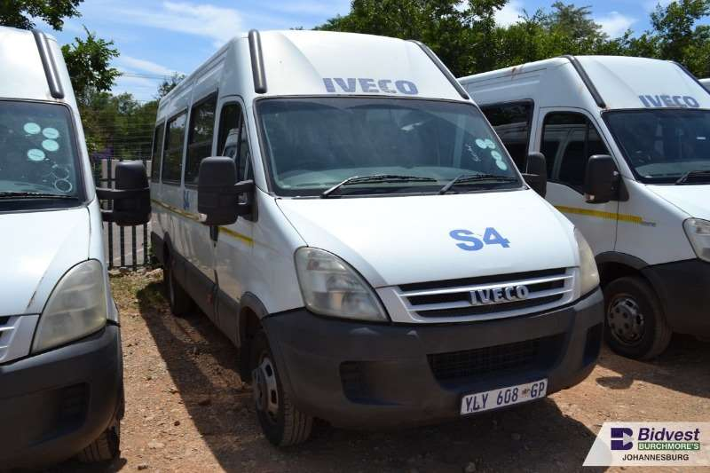 Iveco Buses 22 Seater IVECO Daily 500.15 3.0 HPI 22 Seater 2014