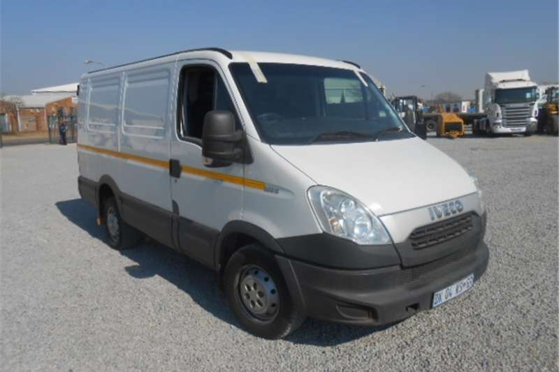 Iveco Daily Buses Panelvan 2014