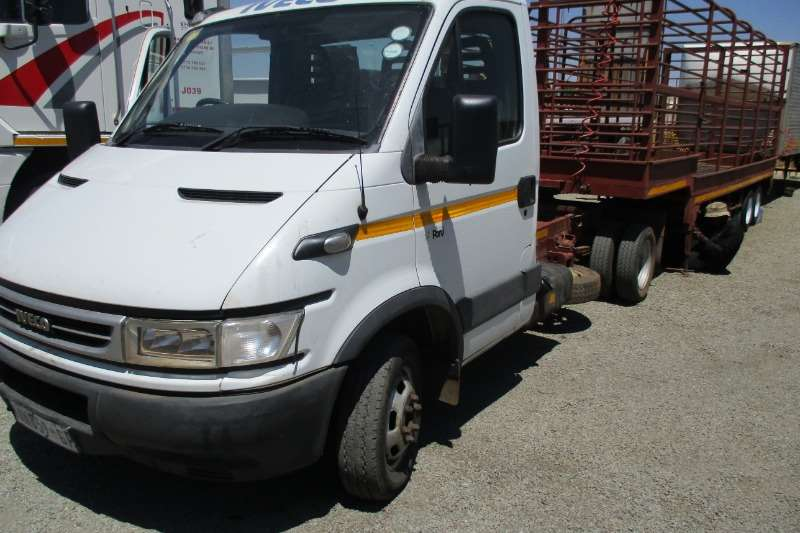 Iveco Truck Iveco Pony With x3 Trailers (Combo) 2006