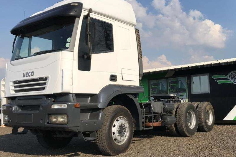 Iveco Double axle 2008 Iveco Trakker Truck-Tractor
