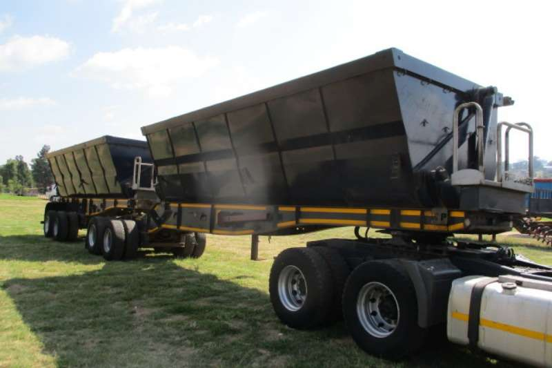 Kearneys KEARNY'S INTERLINK SIDE TIPPER TRAILER