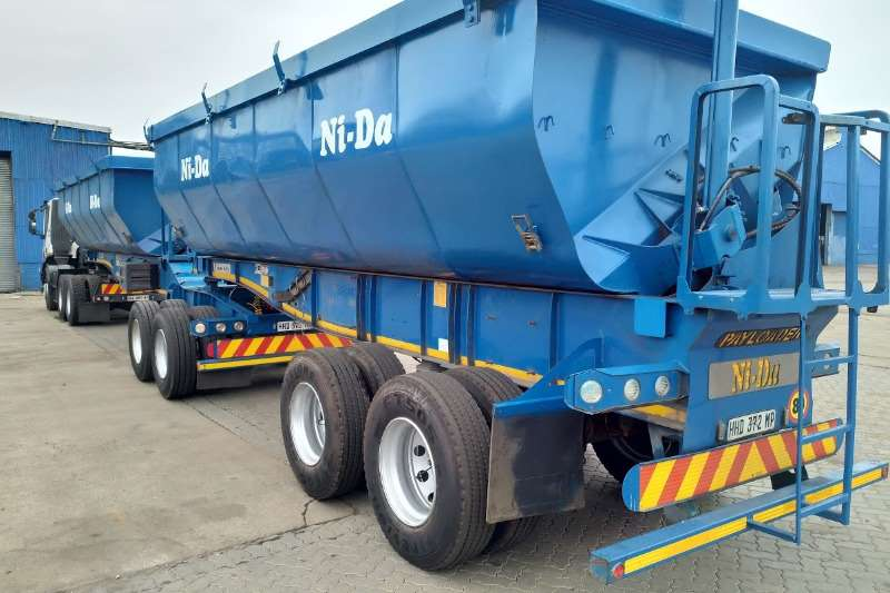 Kearneys Side tipper 44 cube Constant velocity side tippers Trailers
