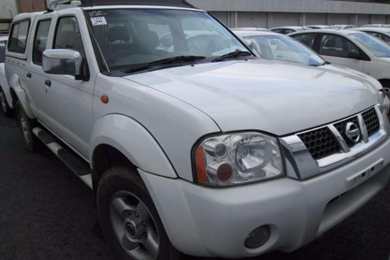 LDVs & Panel Vans Nissan Nissan NP300 H/Body 2.4 D/Cab 4x2 Bakkie 2011