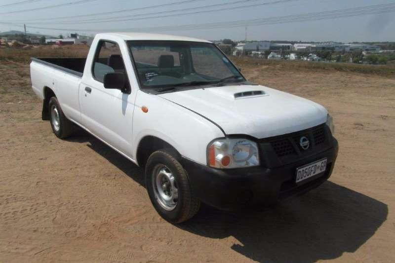 LDVs & Panel Vans Nissan NP300 2.5 TDi 0