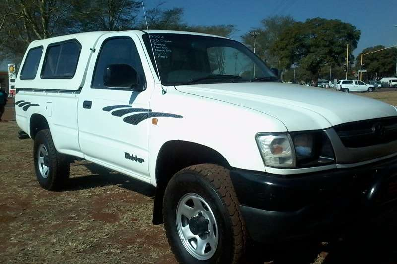 LDVs & Panel Vans Toyota Hilux 3000 D single Cab 2002