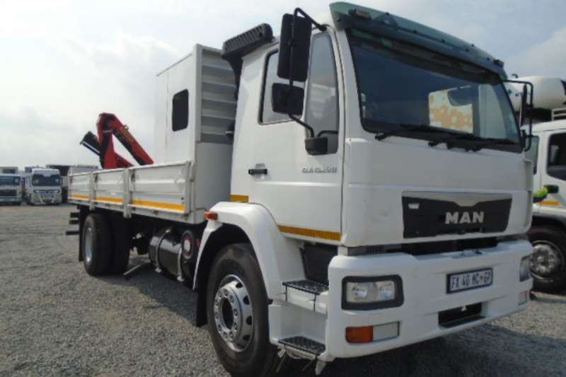 MAN Truck CLA15.220 Dropside With Personal Carrier & Crane 2017