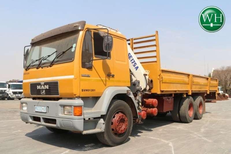 MAN Truck Crane Truck 26-264 6x4 with Pesci SE175A Crane 2001