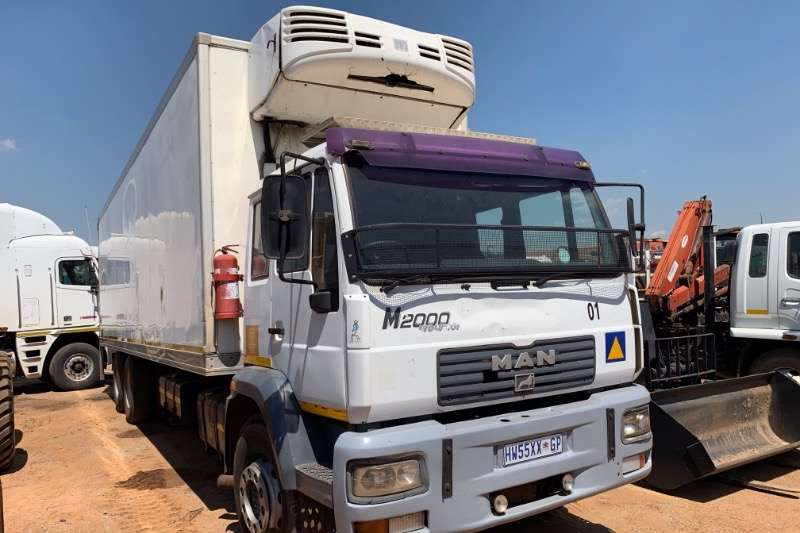 MAN Fridge truck 25 280 6X2 Truck