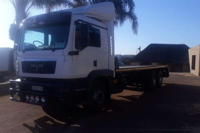 MAN Roll back MAN TAG AXLE 14 TON ROLLBACK Truck