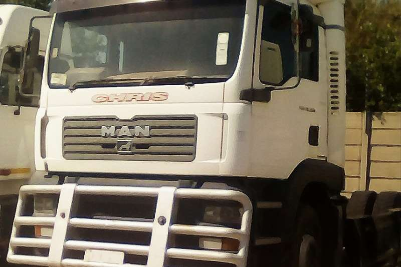 MAN Double axle 30.380 Truck-Tractor